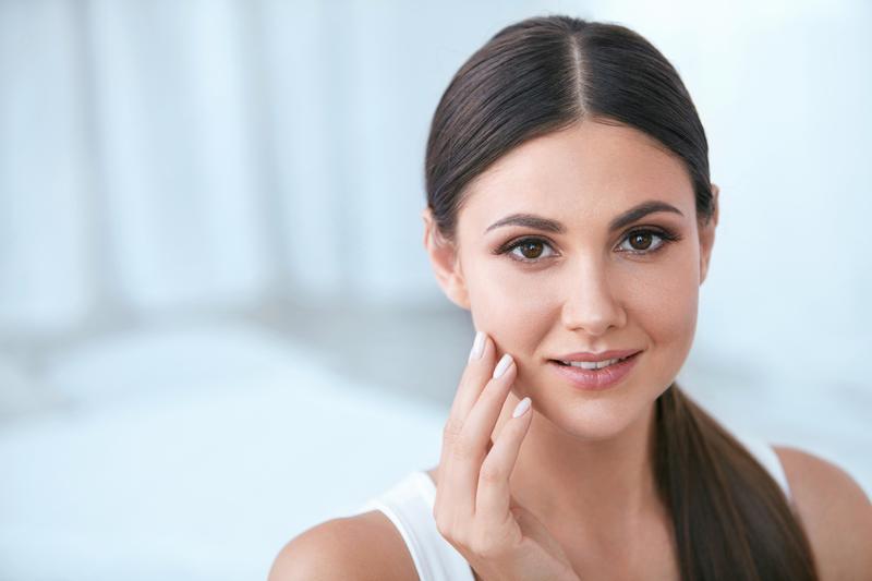 Jak se zbavit akné pomocí tkáňových solí